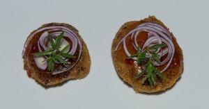 Süßkartoffel-Reis-Puffer mit rotem Zwiebelchutney (vegan)
