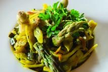 Spargel mat Nuddelen veggie